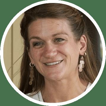 Kelly Steltenpohl Headshot